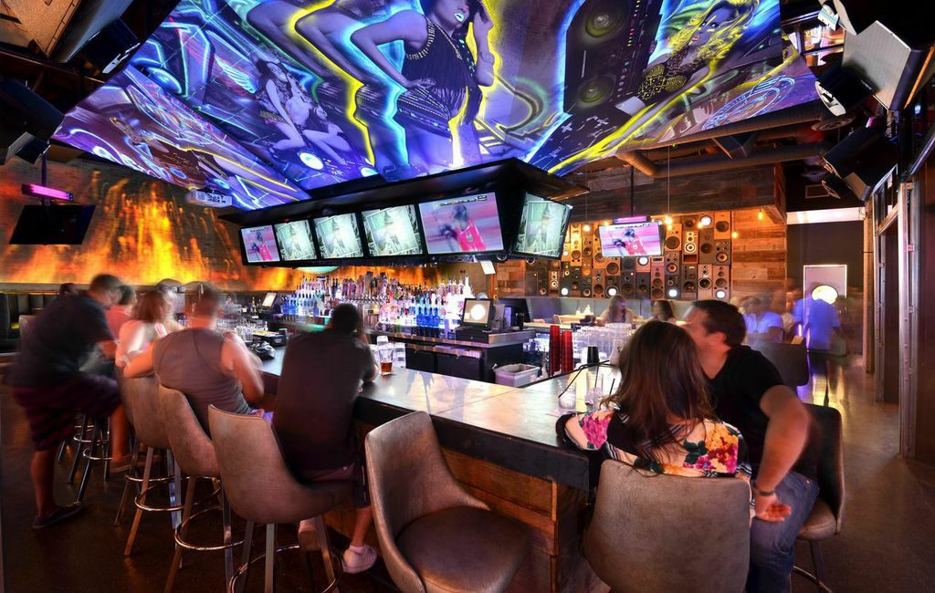 Sports Fans And Nighttime Revelers Enjoy Av Upgrades At Hi Fi Kitchen And Cocktails Just Add Power News